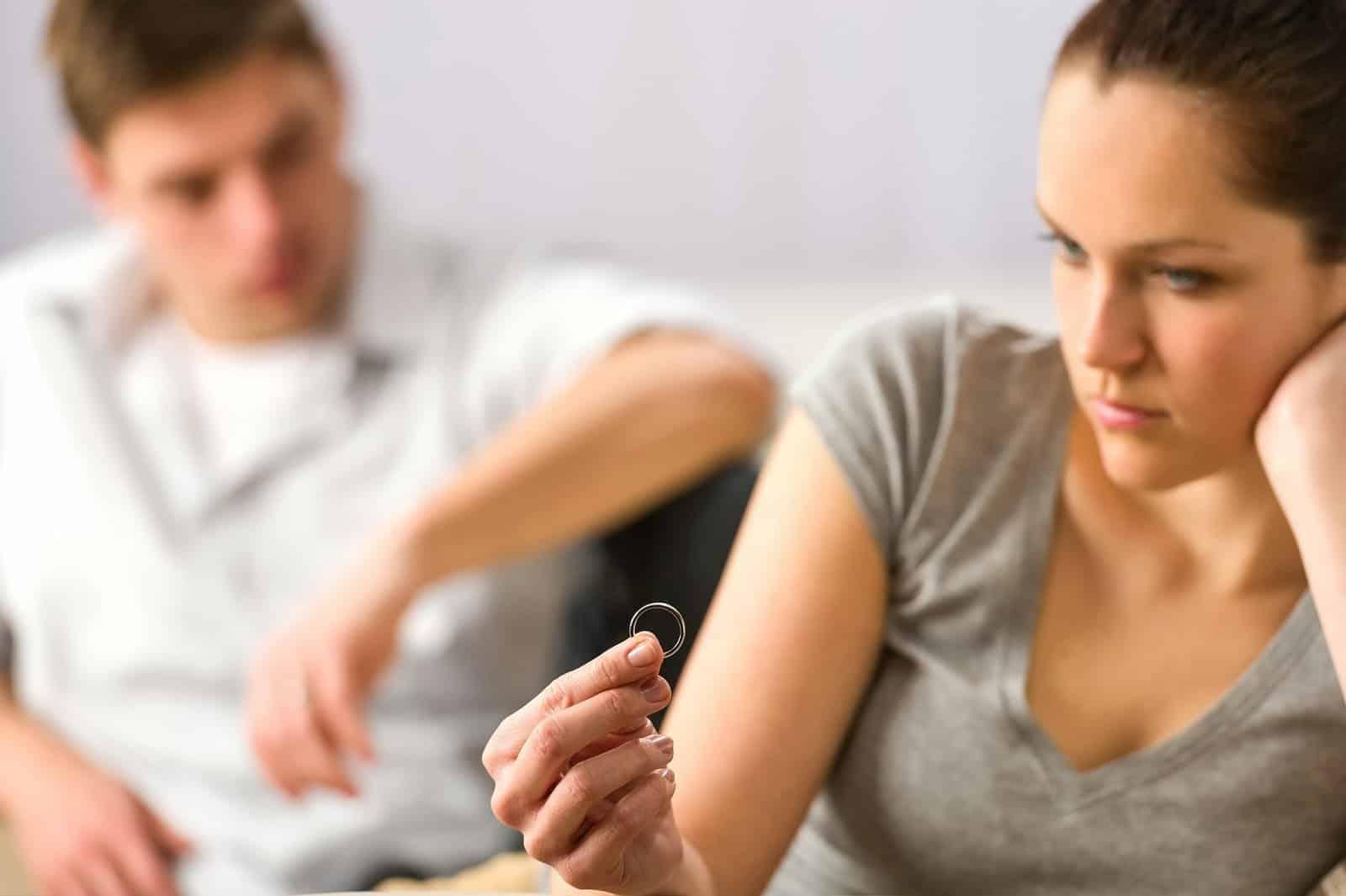 evlilik birliginin temelinden sarsilmasi